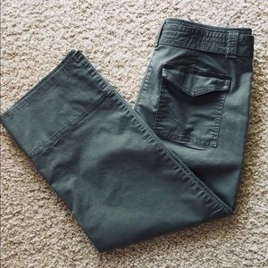 Loft cropped wide leg pants with belt size 8